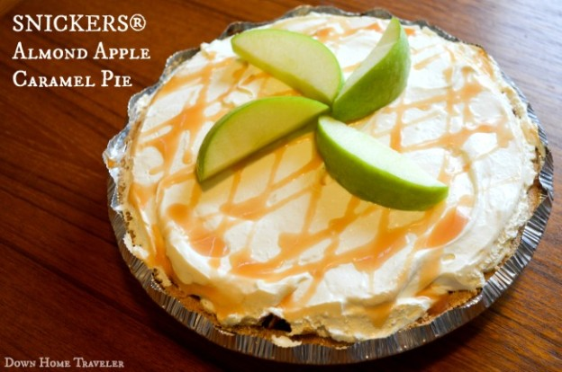 Snickers Almond, Snickers Almond Apple Caramel Pie, Snickers Recipe, #WhenImHungry, #Cbias, #Ad, #SnickersRecipe